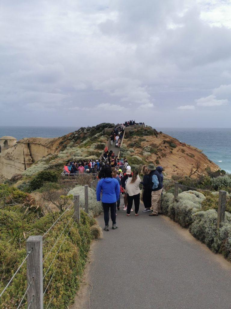 It get's pretty busy at the Twelve Apostles